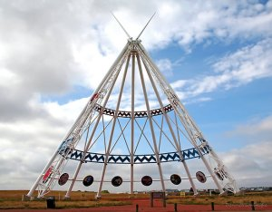 Medicine Hat Teepee - Tallest In The World