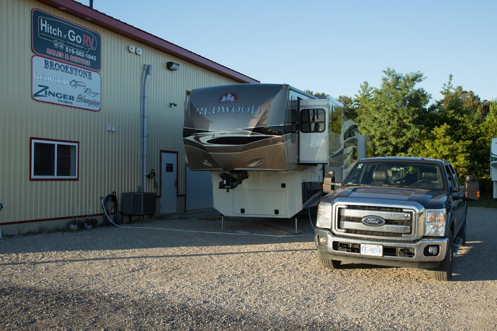 Boondocking At A Rv Dealer Andy Judi 39 S Worldwide Travels