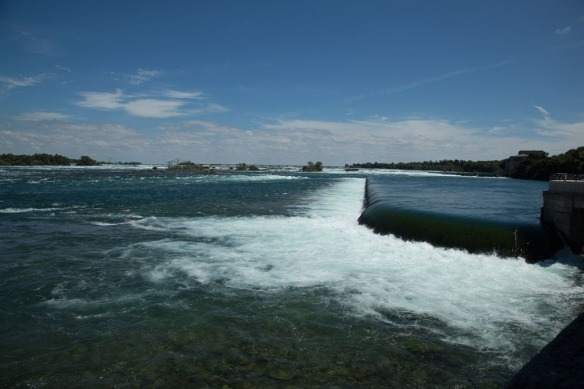 Looking up the Niagara River from the Falls