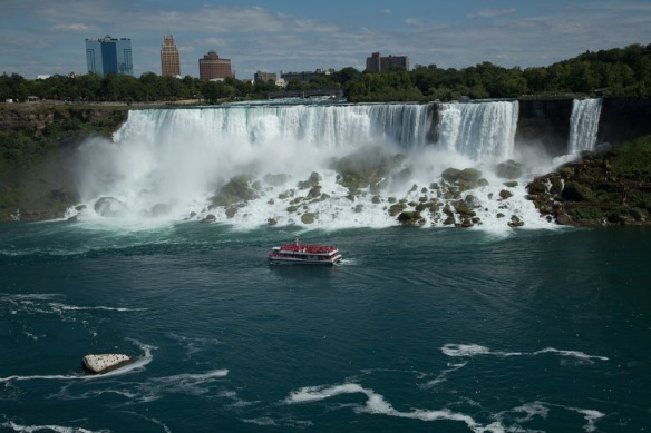 US Falls and tour boat