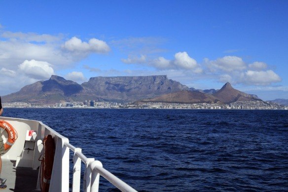 Cape-Town-Table-Mountain-from-Robben-Island-ferry.jpg