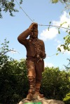 Dr Livingstone statue at entrance to park
