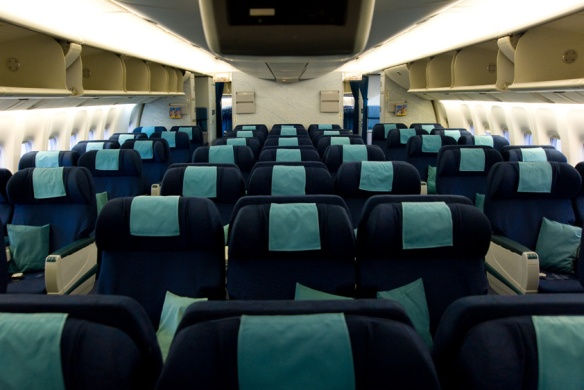 Cathay B-777 business seats