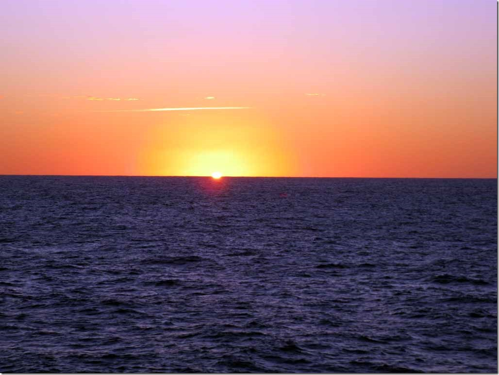 First glimpses of the sun in the Indian Ocean May 30th
