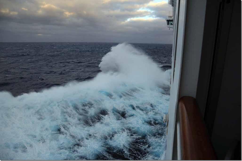 Ship pounding in seaway 4