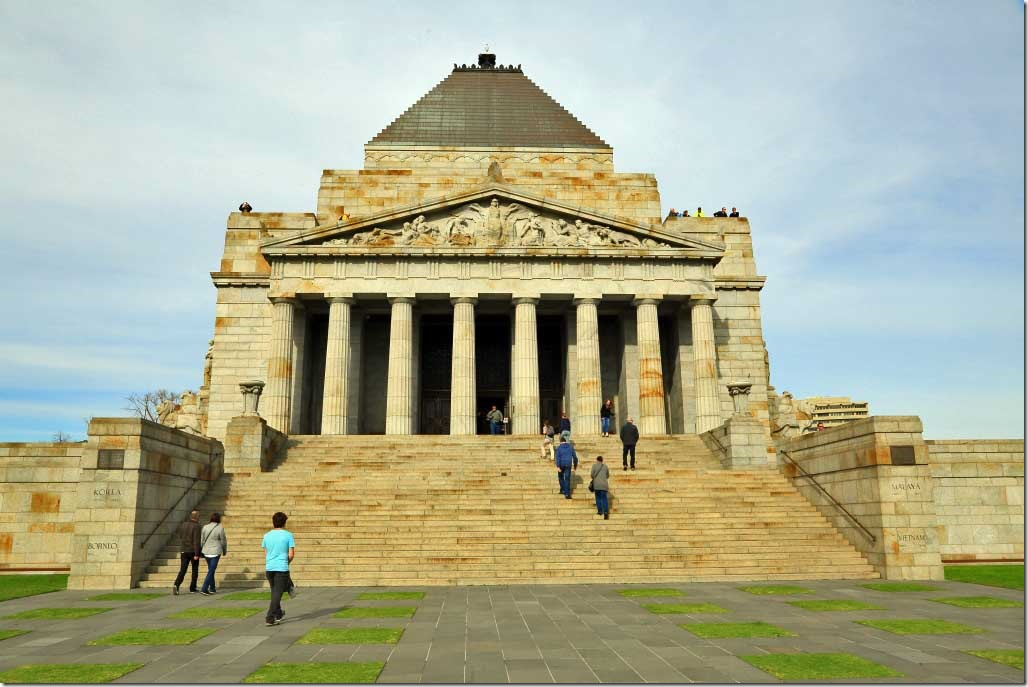 Shrine of Remembrance entrance stairs