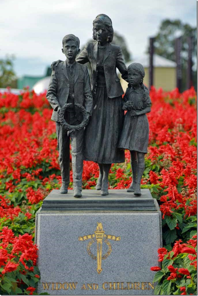 Shrine of Remembrance statue to the many widows and children