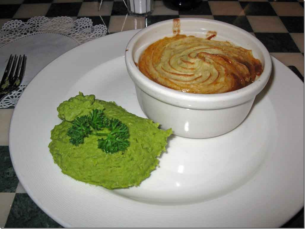 Cottage Pie & Mushy Peas at Pub Lunch Jun5th
