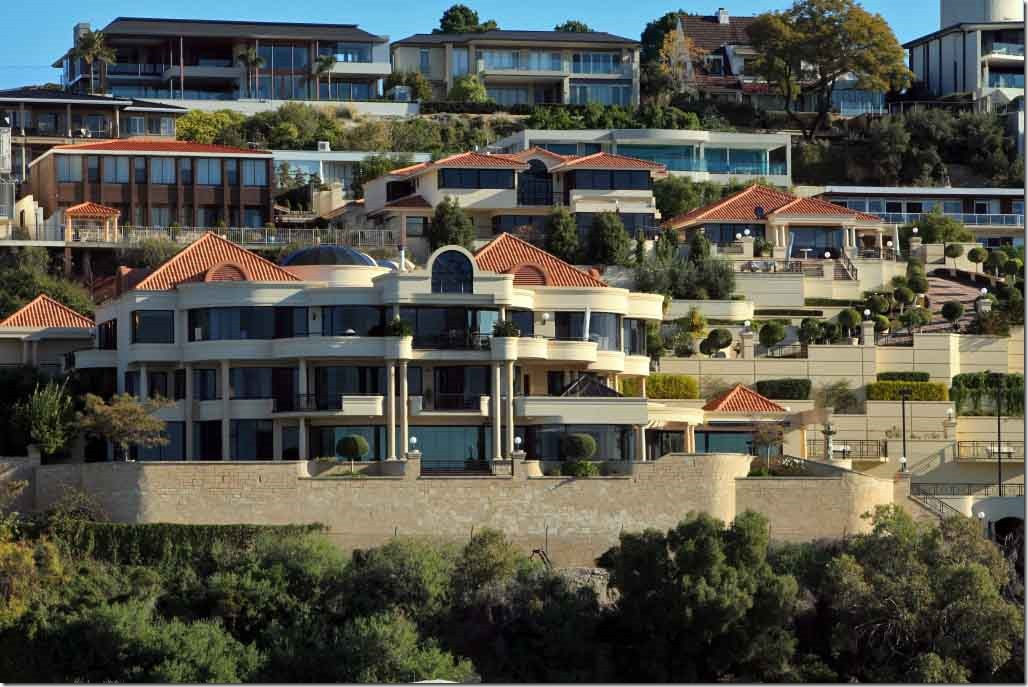 Cruise, mega home with 3 separate houses