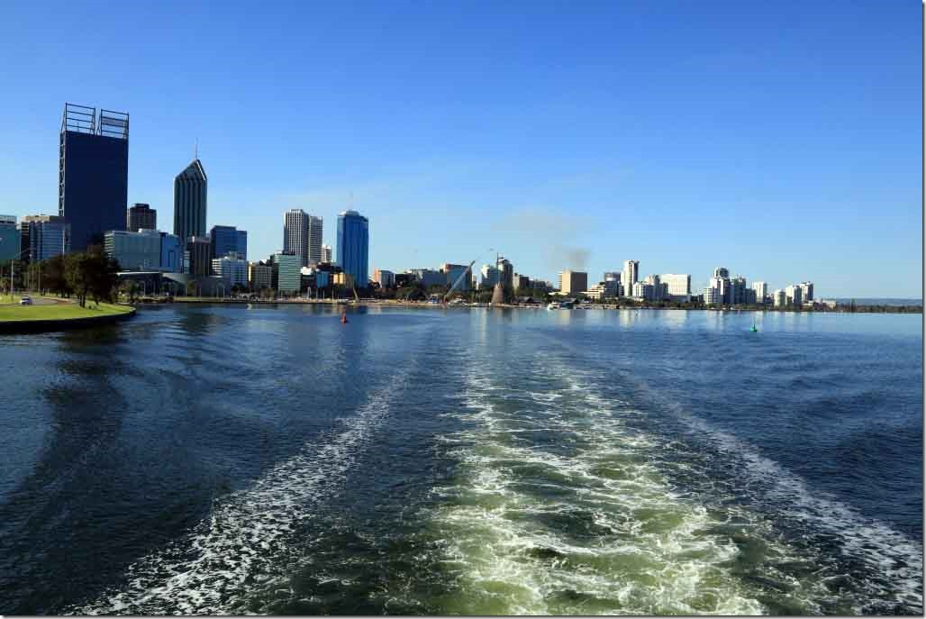Cruise, Perth CBD from stern of boat