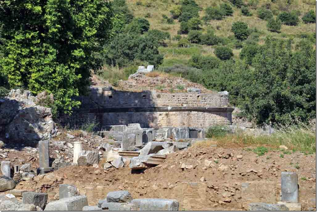Ephesus water tank to collect water from the hills