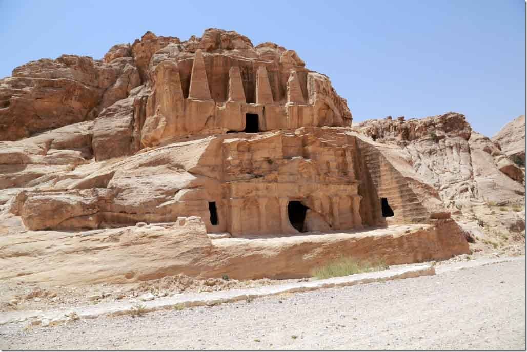 Petra entrance section homes and carving in the rock