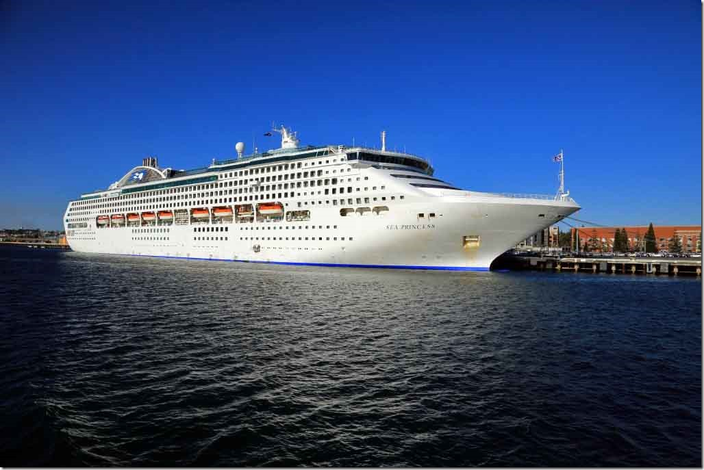 Sea Princess alongside at Fremantle from the bow