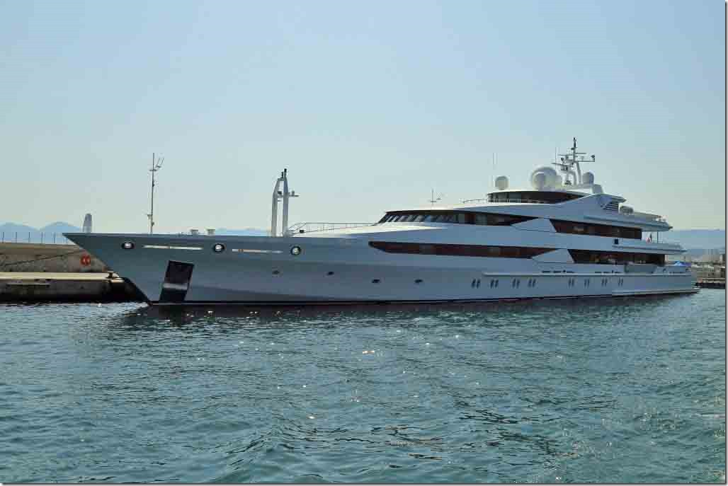 Cannes mega yacht Stargate from Nassau