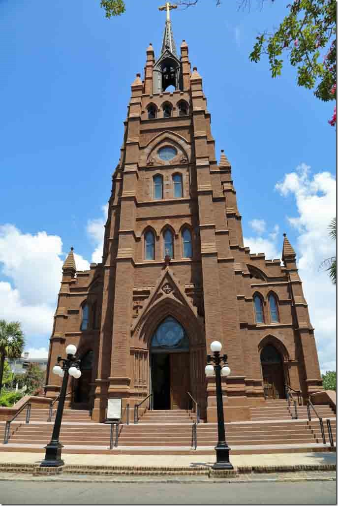Charleston walk St John the Baptist Cathedral