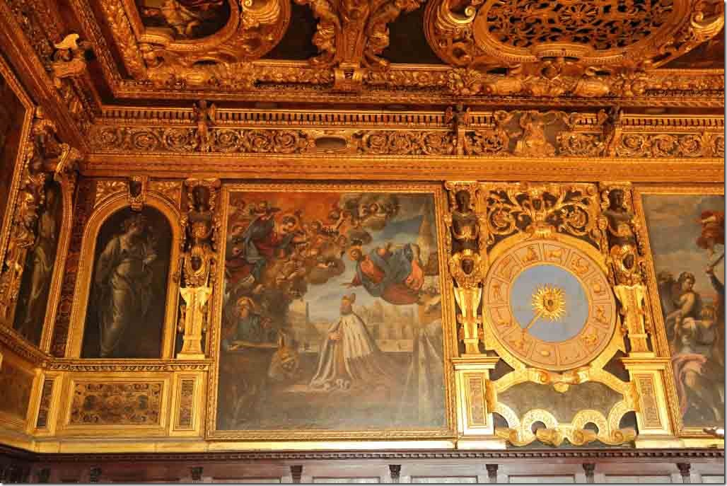 Doge's Palace apartment walls 5