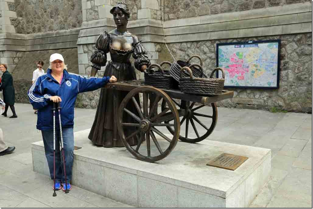 Judi beside the Molly Malone statue