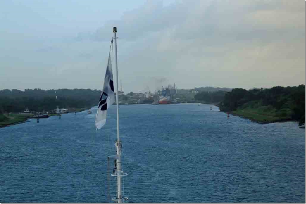 Approaching Gatun Locks 2