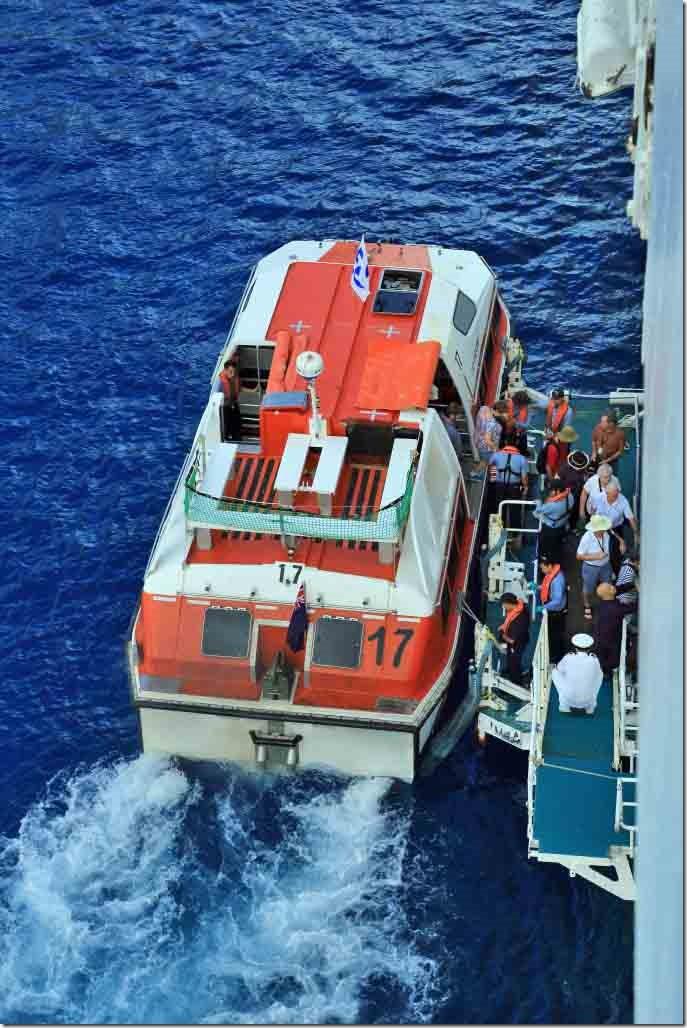 Bora Bora tender discharging alongside Sea Princess