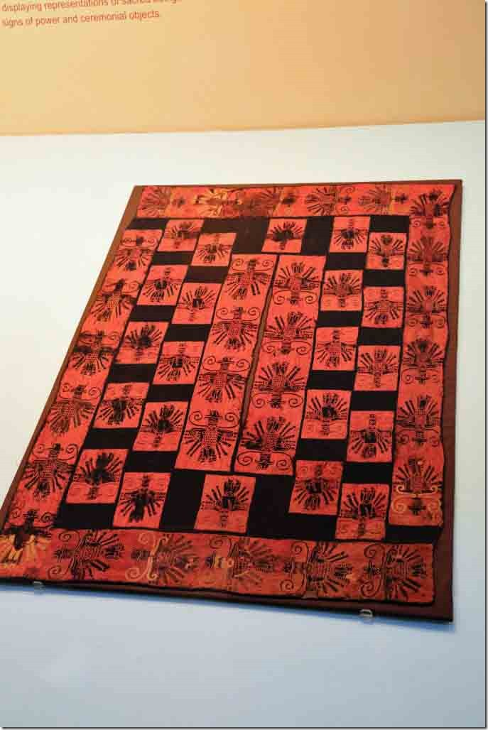 Museum early Paracas textile weaving 2