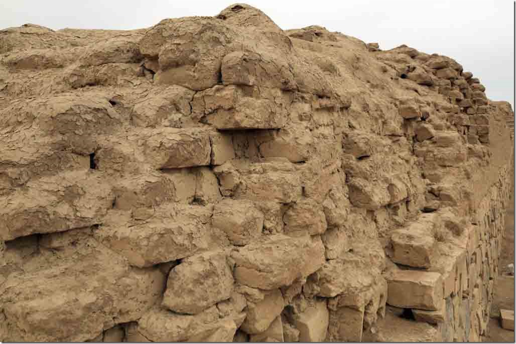 Pachacamac Ruins stone blocks on outside and adobe mud construction on inside