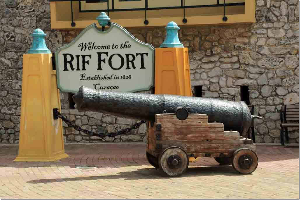 Rif Fort sign and cannon