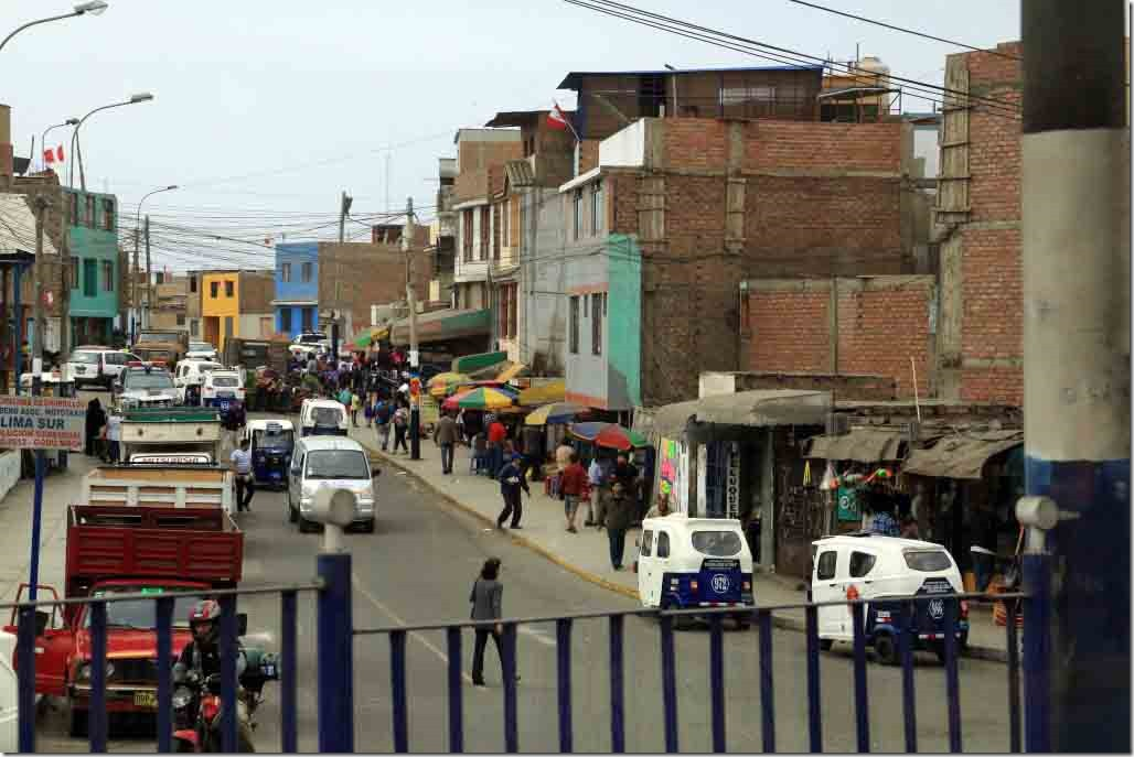 South Lima market district