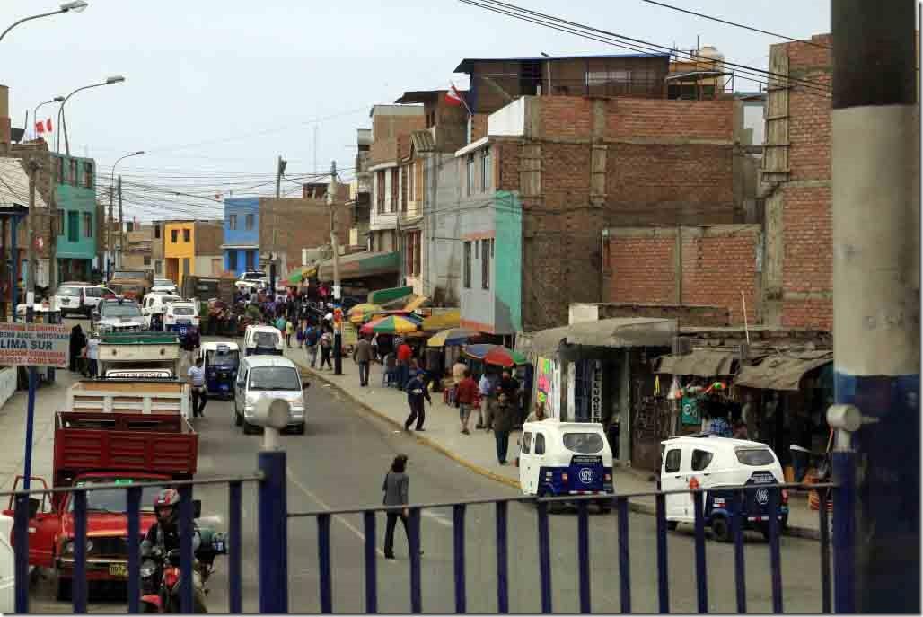 South Lima market district