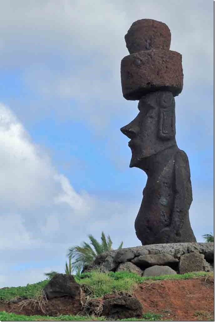 Walk - Moai in waterfront park on other side of downtown