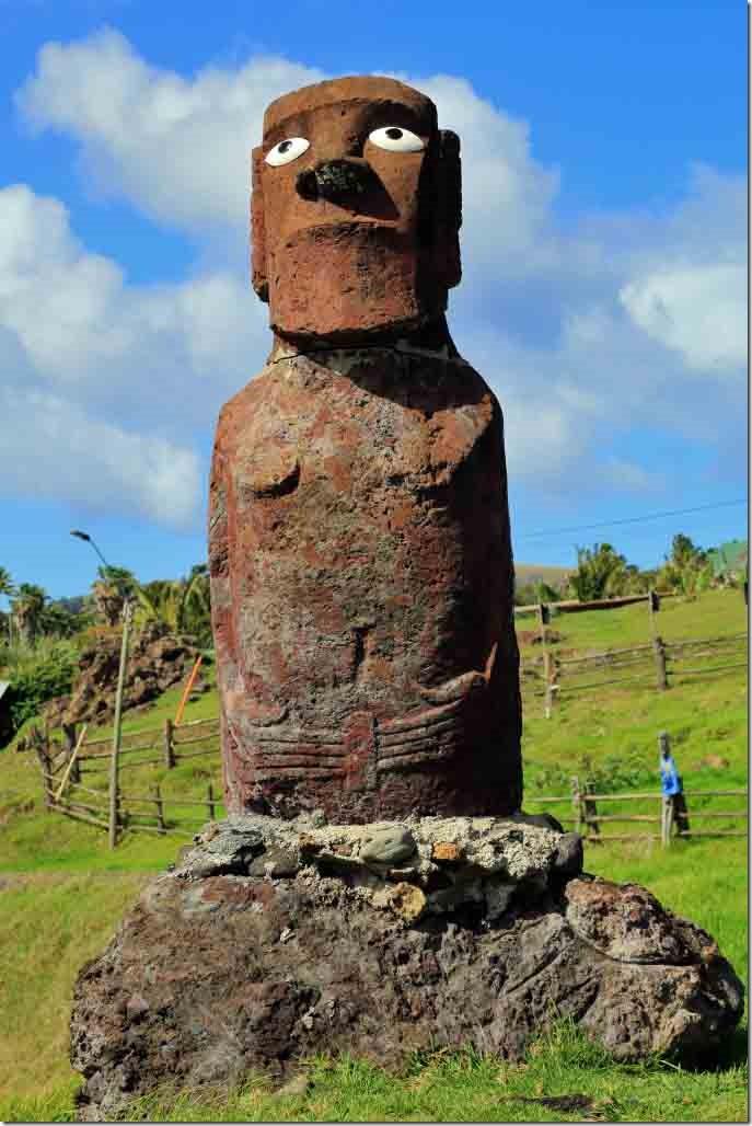 Walk - waterfront Moai type statue Ahu Mata Ote Vaikava