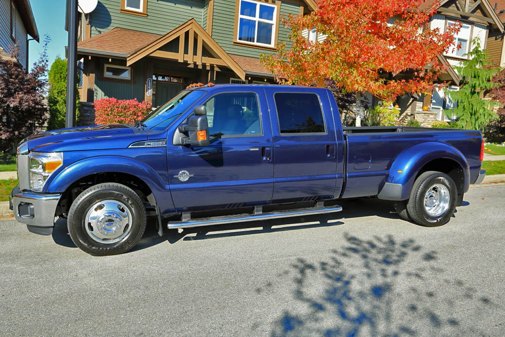 This image has an empty alt attribute; its file name is new-f350-dually-from-driver-side.jpg