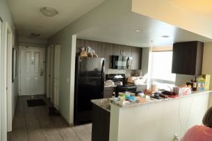 Victoria condo fully fitted kitchen