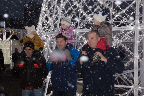 jamie-owen-friends-at-north-pole-with-fake-snow