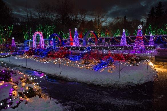 vandusen-paris-garden-lights