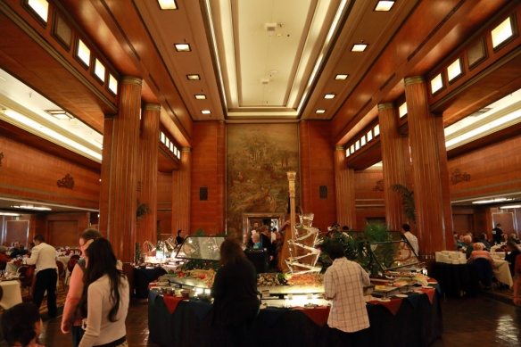grand-salon-buffet-area