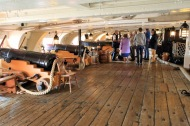 33Portsmouth HMS Victory gaun decks get lower further down