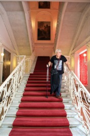 141 Catherine's Palace Judi descending the stairs