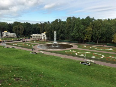 149 Peterhof Palace - lower garden fountain