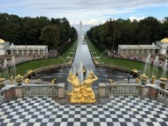 150 Peterhof Palace - overlooking Grand Cascade, Sampson Fountain to hydrfoil dock