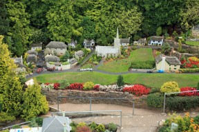 Babbacombe Model Village # 28