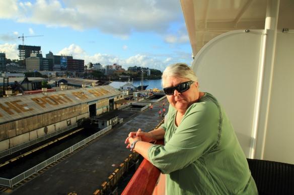04 Judi on balcony arrival Suva