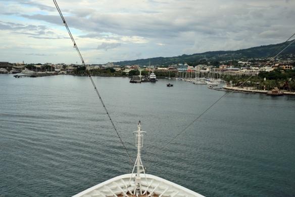 10 Approaching berths