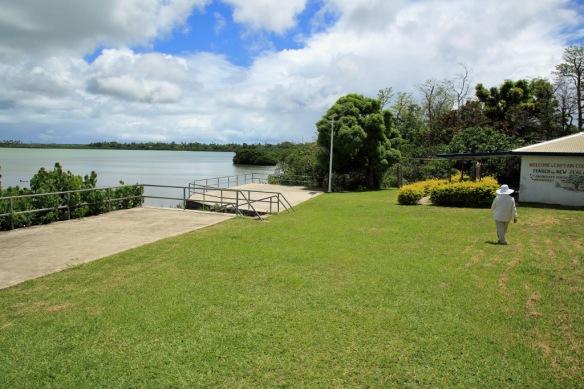 14 Capt Cook landing site