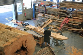Apprentice centre joining 2 pieces of wood