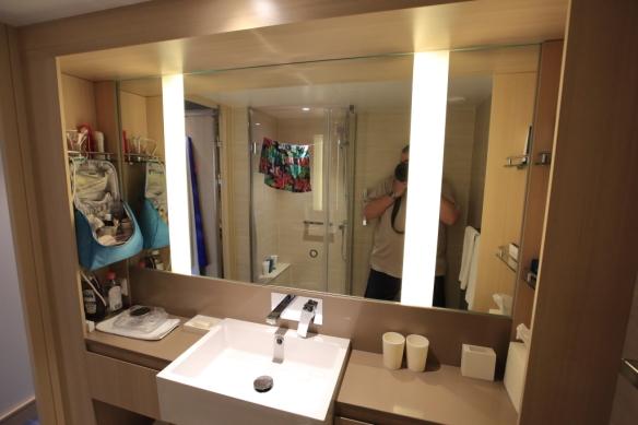 Bathroom sink & counter
