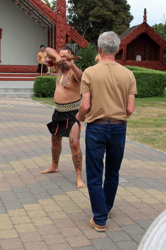 Marae ceremony Munro back up after lifting fern