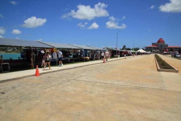 Nukualofa wharf vendors