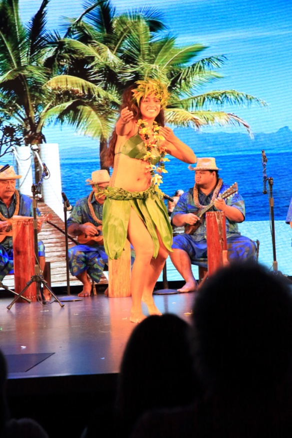Oh Tahiti E show 1