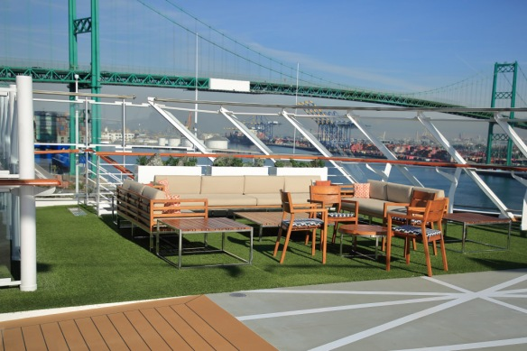 Sports Deck seating alcove