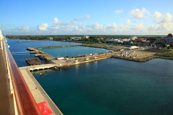 Vuna Wharf from Dk 8